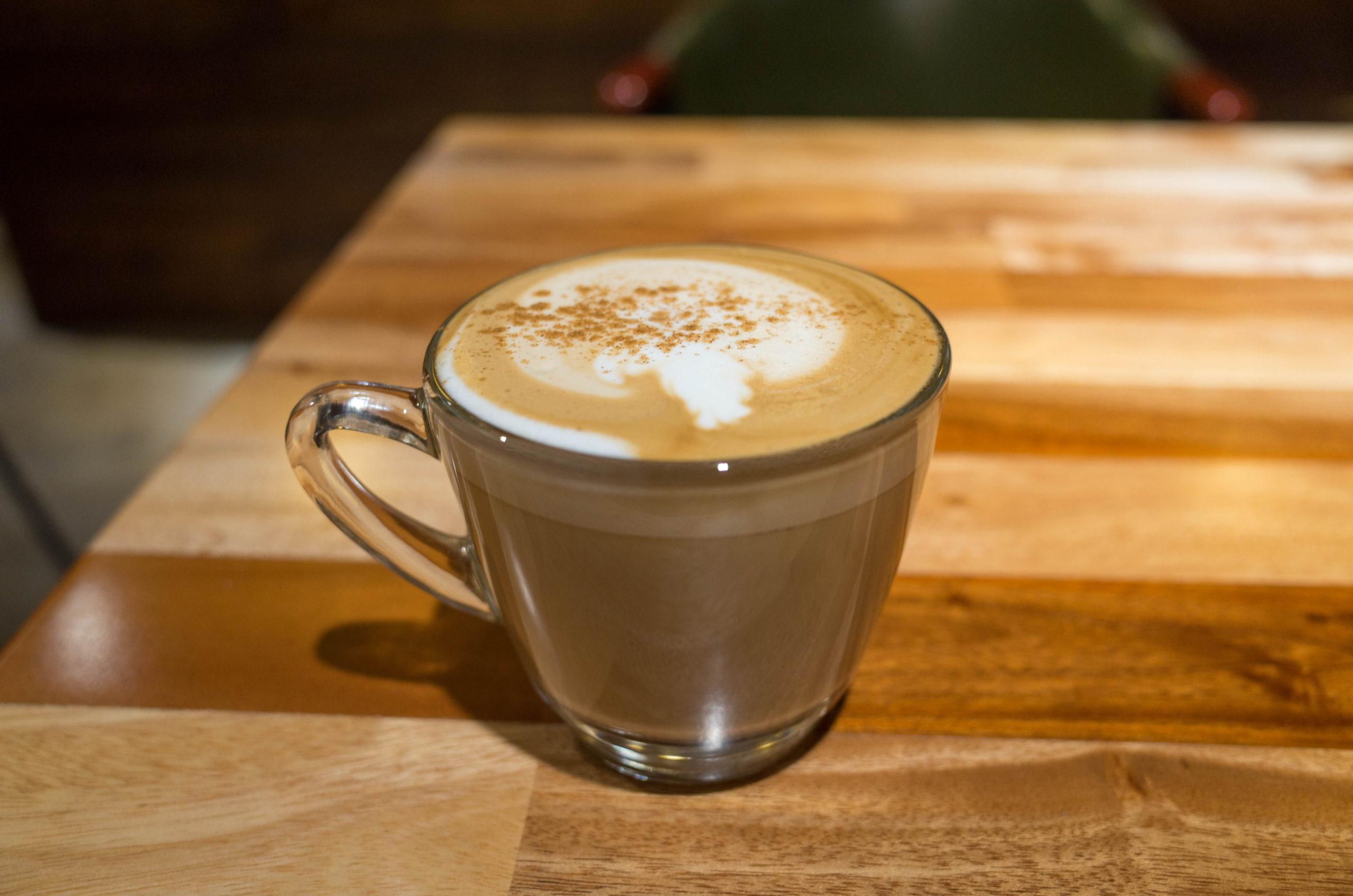 朝食のカフェラテ
